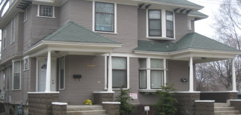 3 Bedroom/1 Bath, 1,492 SQFT, Side-by-Side Duplex